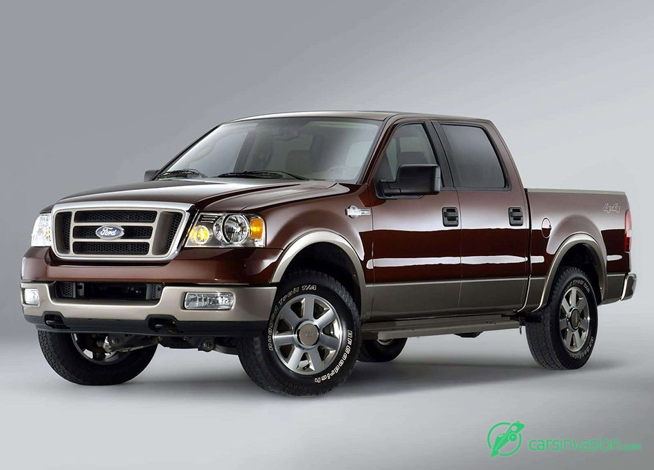 2005 Ford King Ranch F150 SuperCrew Front Angle