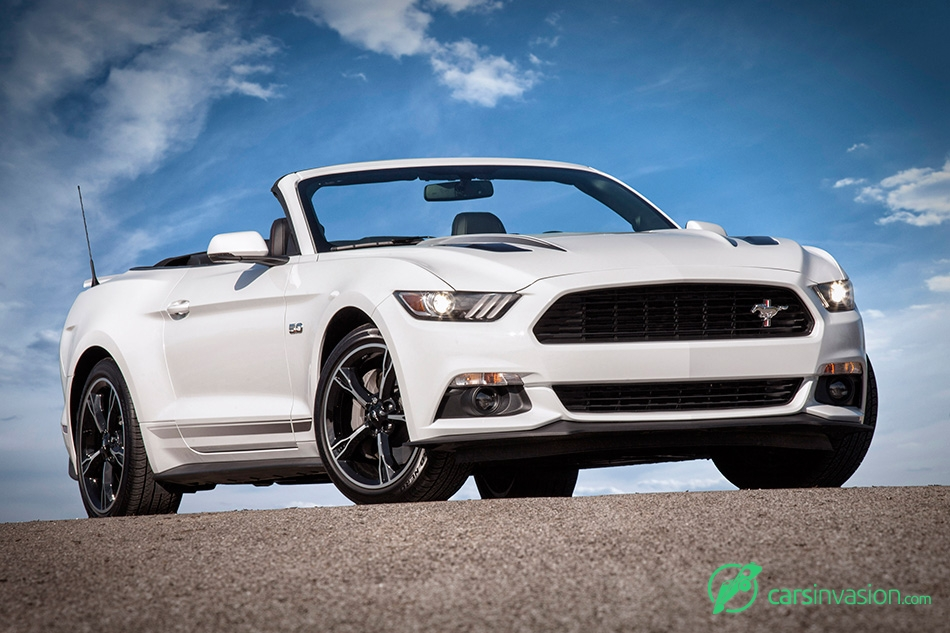 2016 Ford Mustang Front Angle