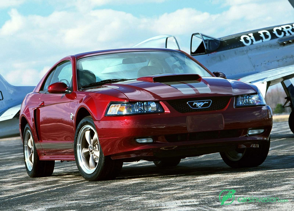 2004 Ford Mustang 40th Anniversary Front Angle