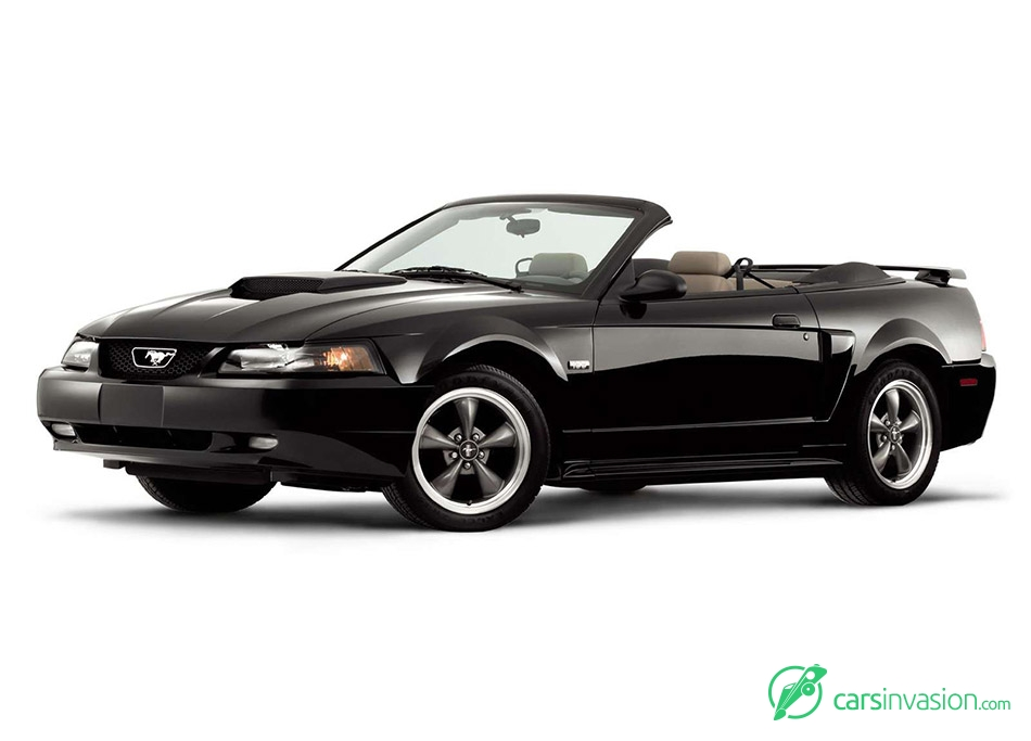 2003 Ford Mustang GT Centennial Edition Front Angle