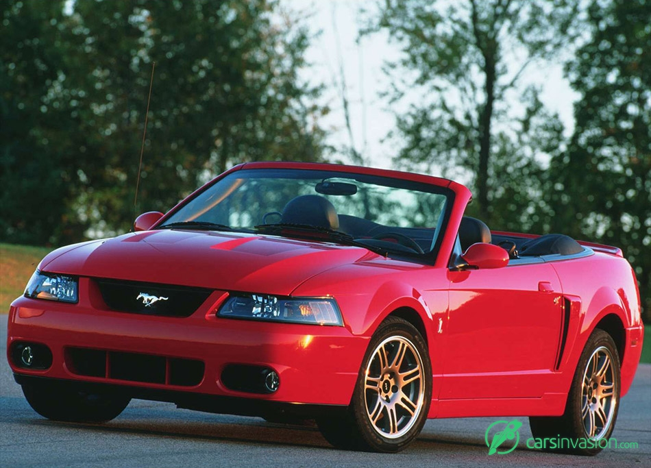 2003 Ford Mustang SVT Cobra 10th Anniversary Front Angle