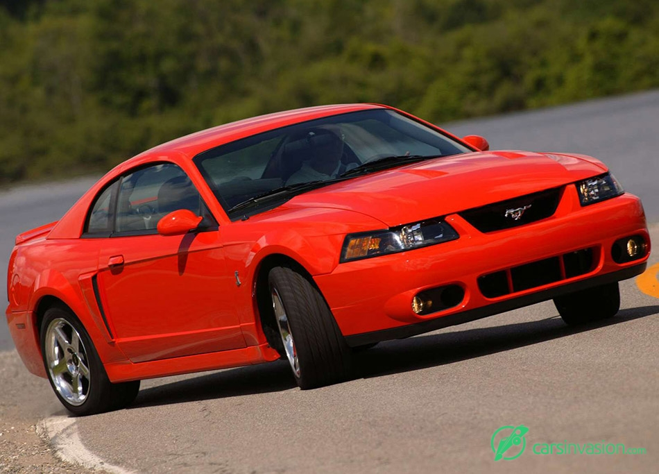 2004 Ford Mustang SVT Cobra Front Angle