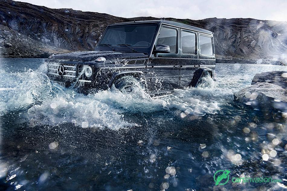 2015 Mercedes-Benz G-Class Crosses the River