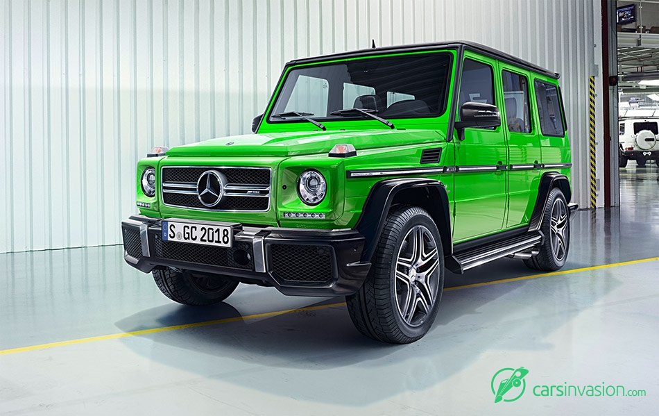 2015 Mercedes-Benz G-Class Front Angle