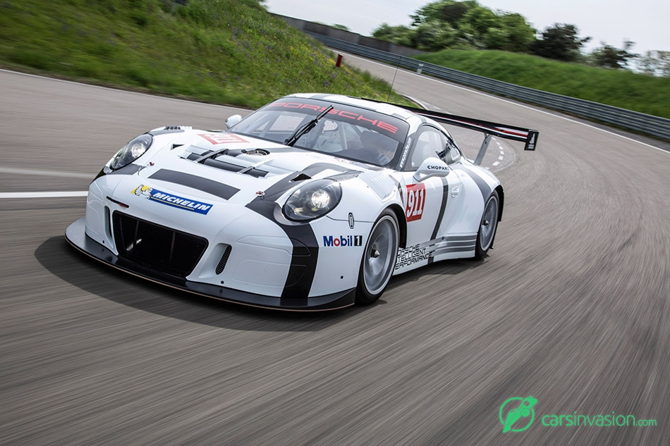 2016 Porsche 911 GT3 R Front Angle