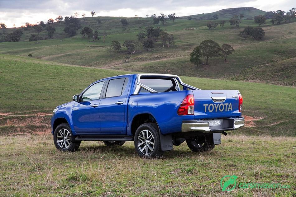 2015 Toyota HiLux Rear Angle