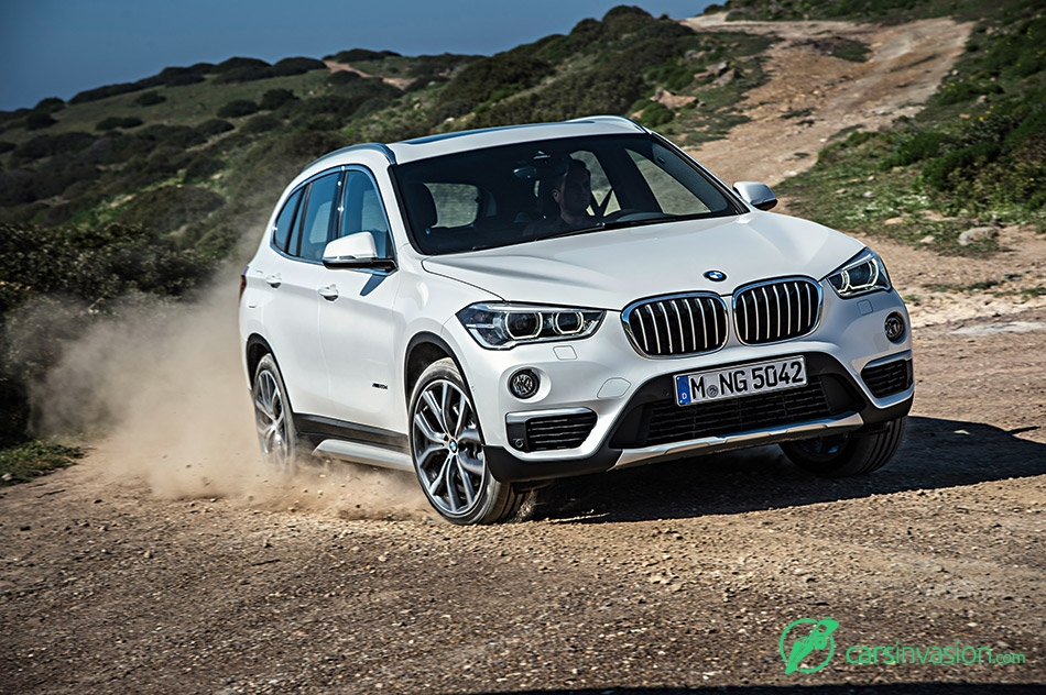 2016 BMW X1 Front Angle