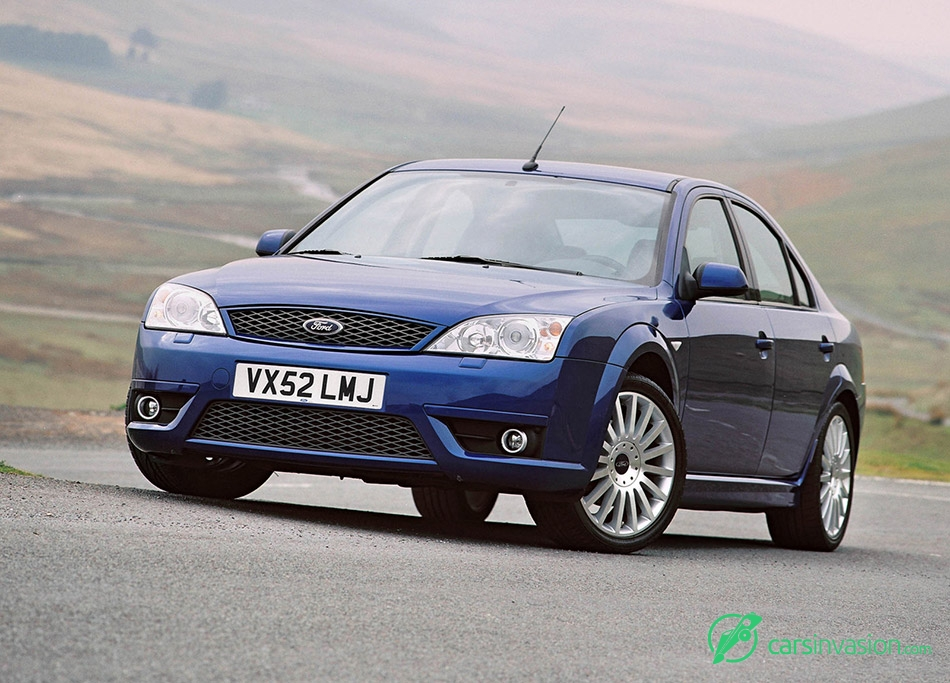 2002 Ford Mondeo ST220 Front Angle