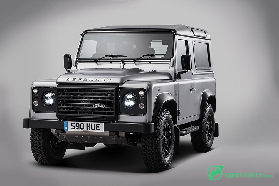 2015 Land Rover Defender 2 000 000 Front Angle