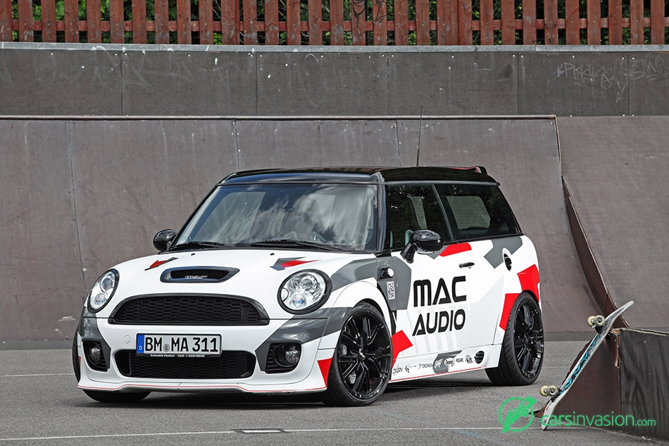 2015 Mac Audio Mini Clubman S Front Angle