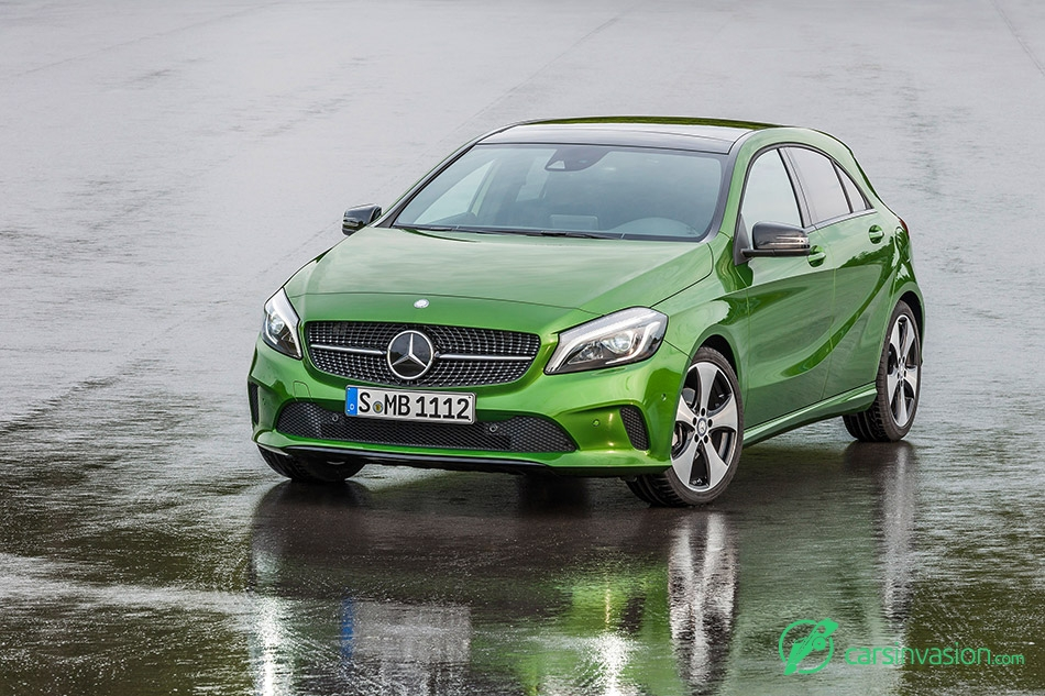 2016 Mercedes-Benz A-Class Front Angle