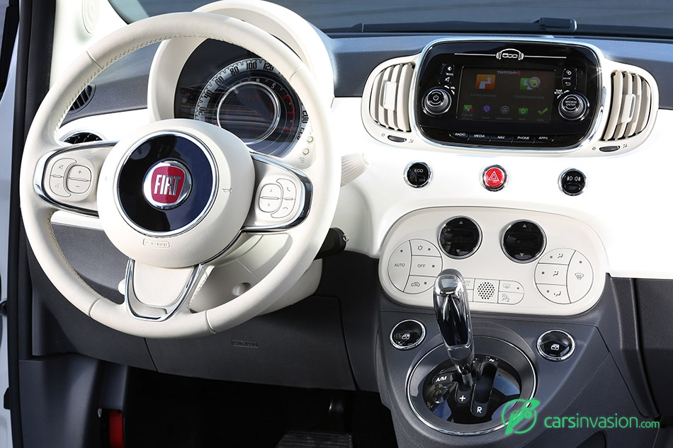 2016 Fiat 500 Display UconnectTM