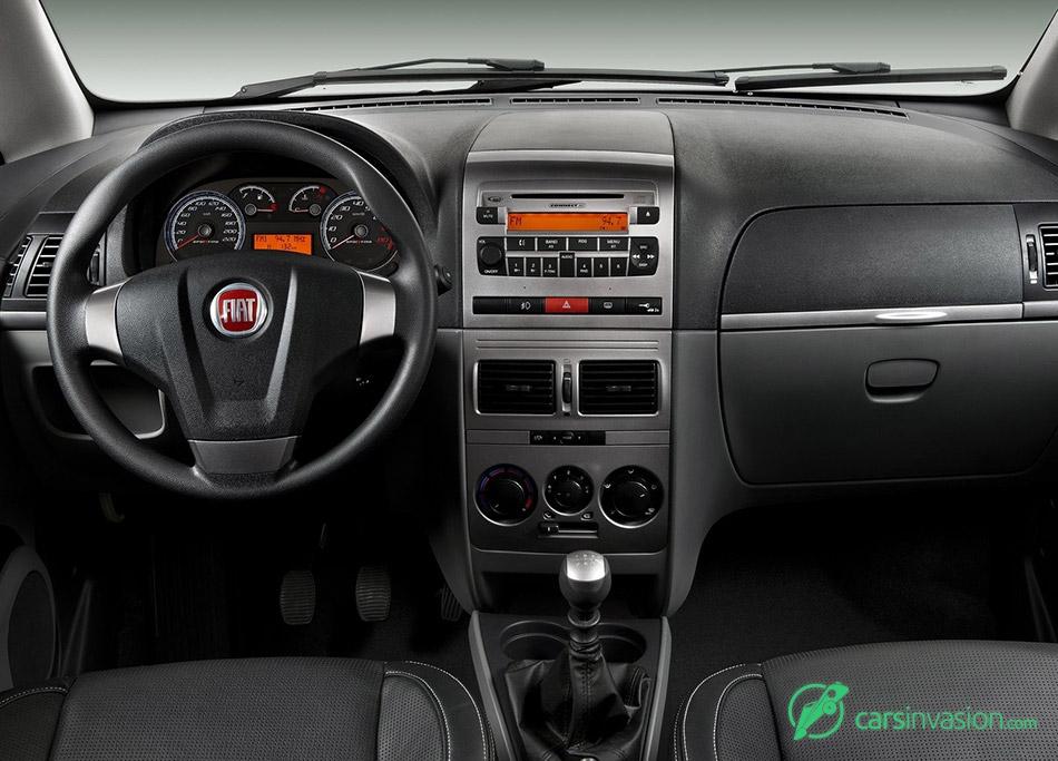 2011 Fiat Idea Interior