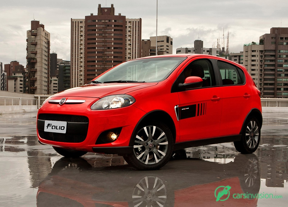 2012 Fiat Palio Front Angle