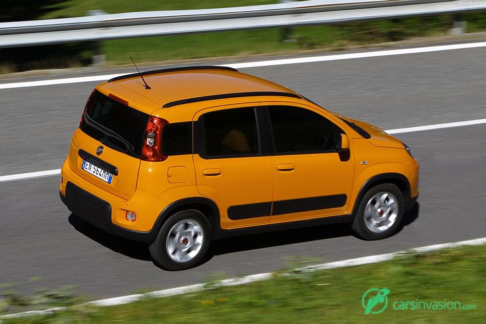2013 Fiat Panda Trekking Rear Angle