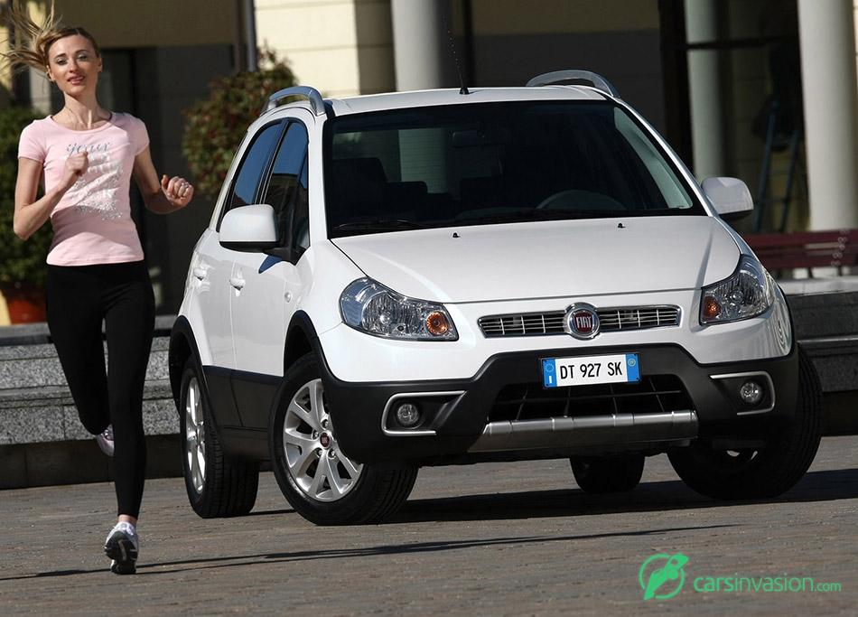 2010 Fiat Sedici Front Angle