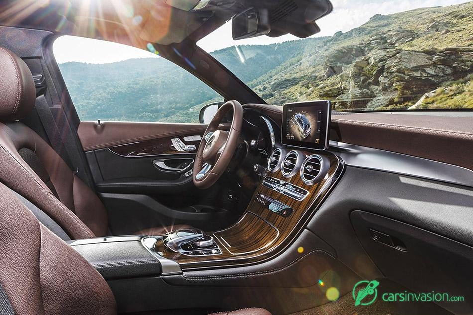 2016 Mercedes-Benz GLC Interior