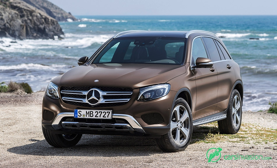 2016 Mercedes-Benz GLC Front Angle