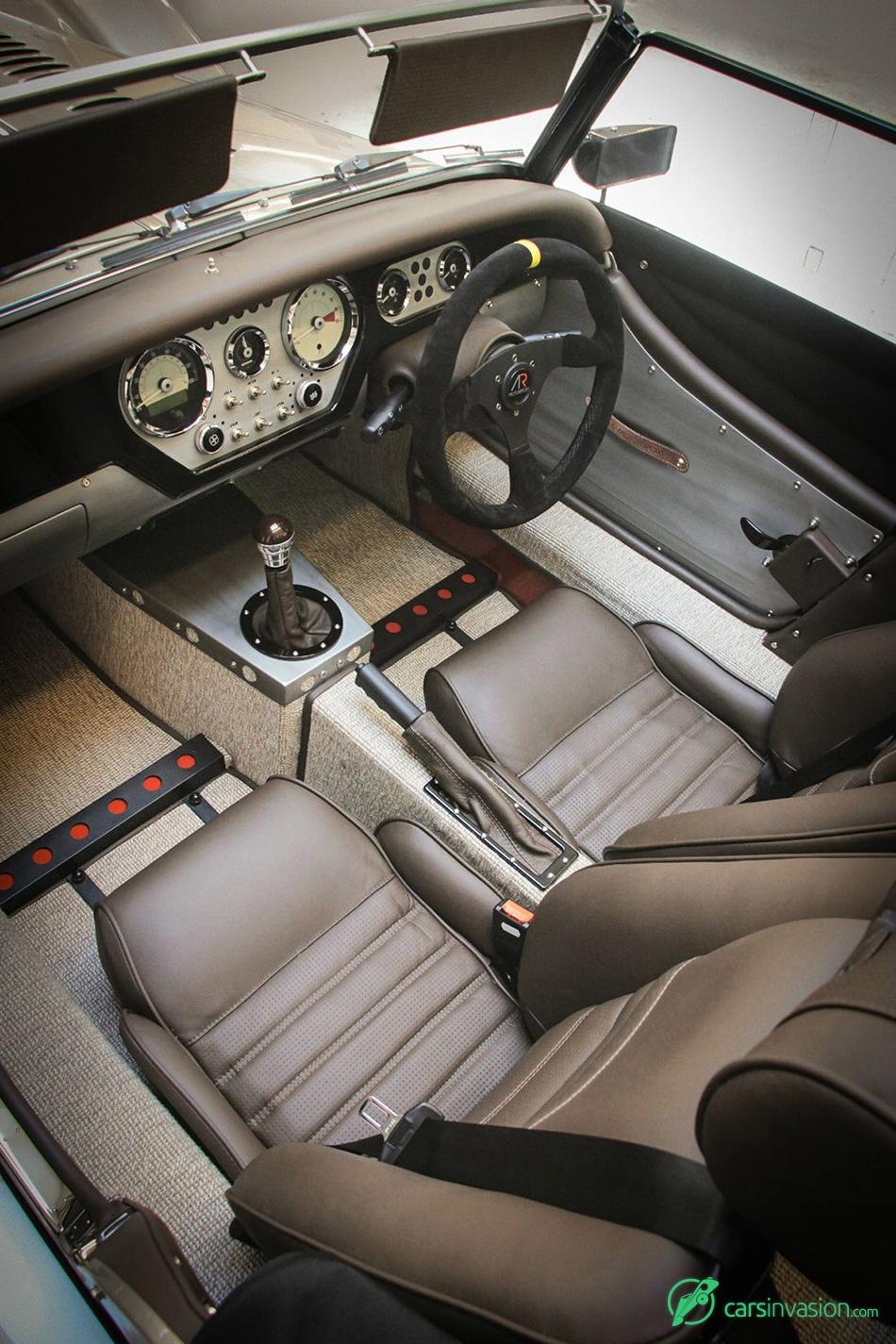2015 Morgan AR Plus 4 Interior