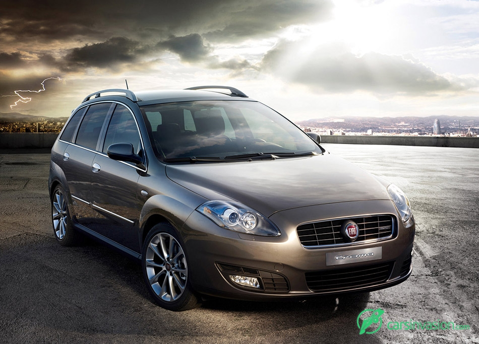2008 Fiat Croma Front Angle