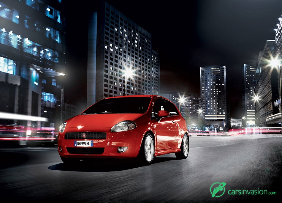 2008 Fiat Grande Punto Front Angle