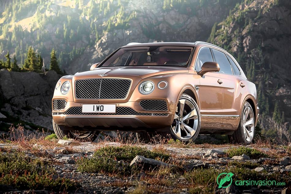 2016 Bentley Bentayga Front Angle