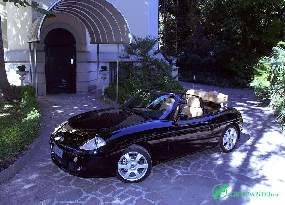 2003 Fiat Barchetta Alviero Martini Front Angle