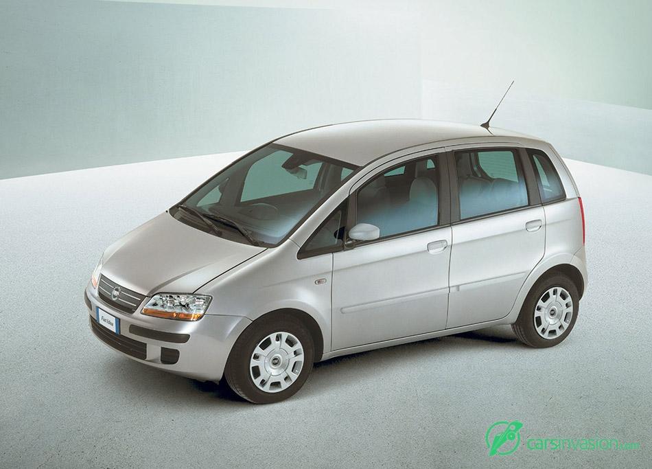 2003 Fiat Idea Front Angle