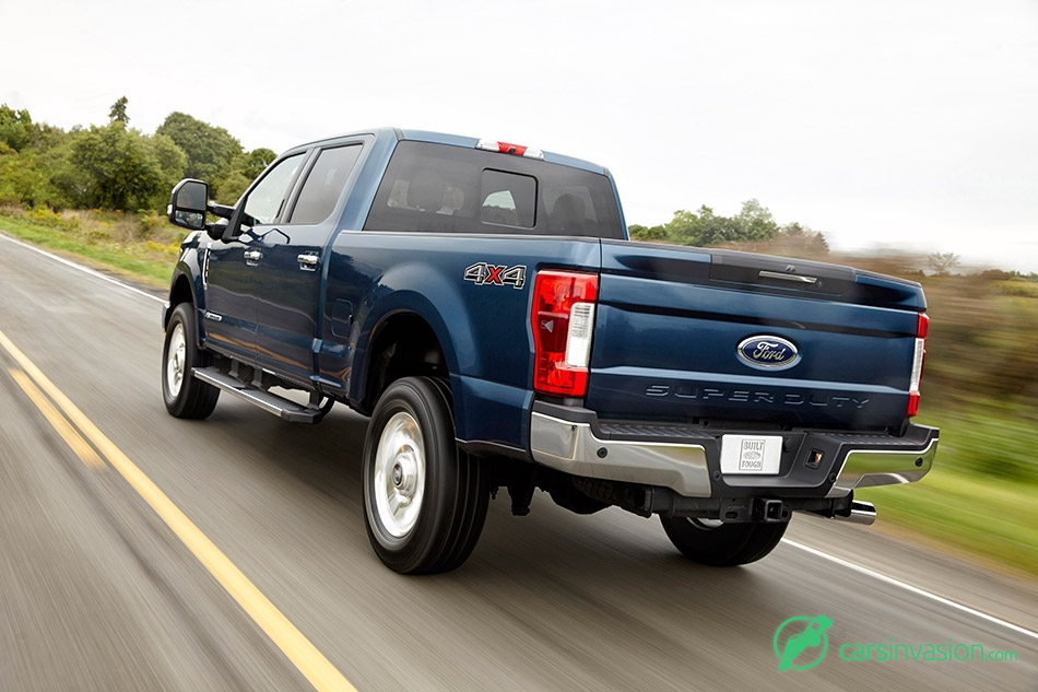 2017 Ford F-Series Super Duty Rear Angle