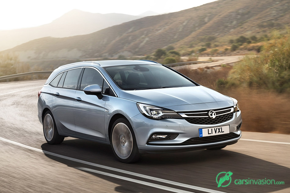 2016 Vauxhall Astra Sports Tourer Front Angle