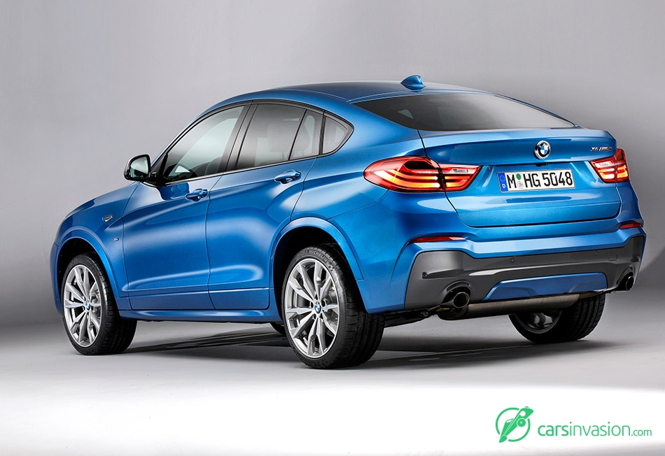 2016 BMW X4 M40i Rear Angle