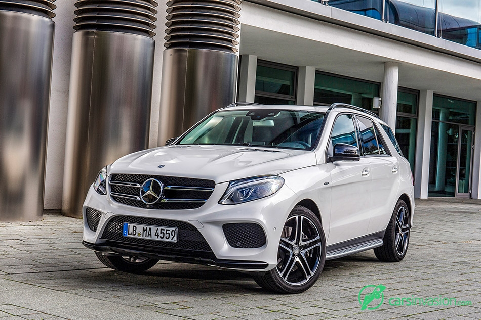2016 Mercedes-Benz GLE450 AMG 4Matic Front Angle